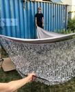 1 Schaduwdoek driehoek camouflagemateriaal met bevestiging/touw