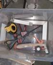 Bouwbox met winkelhaak, siliconenspuit, metaalborstel, cementmixer, vouwmeter, meetlint, lijmklem