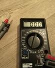 Multimeter om spanning, stroomsterkte, weerstand, capaciteit en diodes te meten