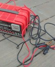 Druppeloplader. Car battery charger with start function
