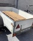 Aanhangwagen, afmetingen van de 'bak' inwendig LxBxH 196x118x38 cm