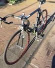 Racefiets voor lengte 1,70 - 1,80 eventueel met helm, bidons en stuurtas. Eventueel ook fietskleding.