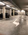 Garage voor stallen auto in winter maanden, januari tot mei