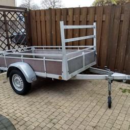 Aanhangwagen aanhanger inclusief bagagenet,  max 750 kg. (rijbewijs B)