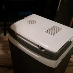koelkastje of elektrische koelbox