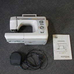 Naaimachine/Sewing machine
