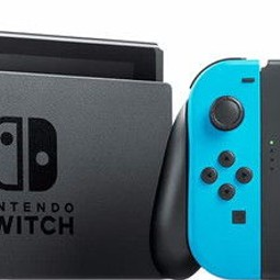 Nintendo Switch + 40 spellen + 4 Joycons + Pro controller
