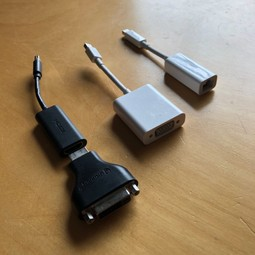 Apple Adapters (Mini Displayport)