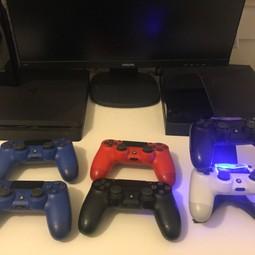 PlayStation 4 Incl controllers/spellen
