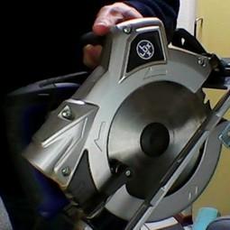 Handcirkelzaag met laser-aanwijzer