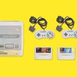 Super Nintendo (SNES) + 2 Controllers + 2 Games naar keuze