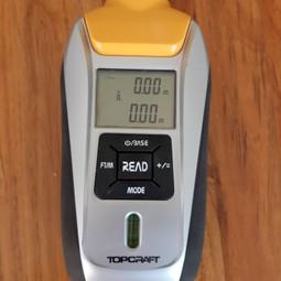 laser distance meter / digitale laser afstandsmeter