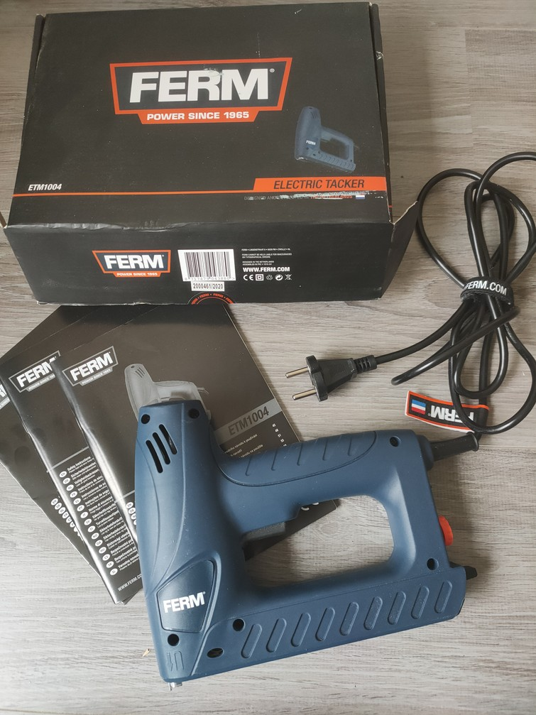 Elektrische tacker nietpoistool FERM ETM1004