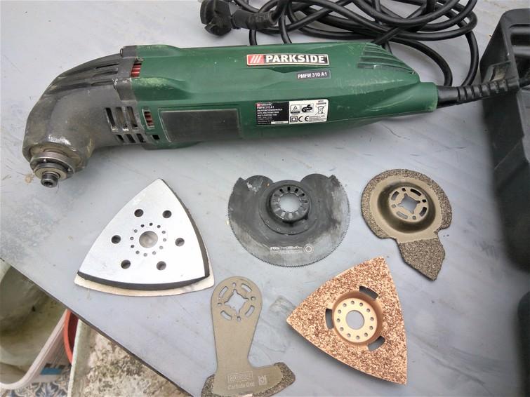 Multi tool, delta schuurmachine