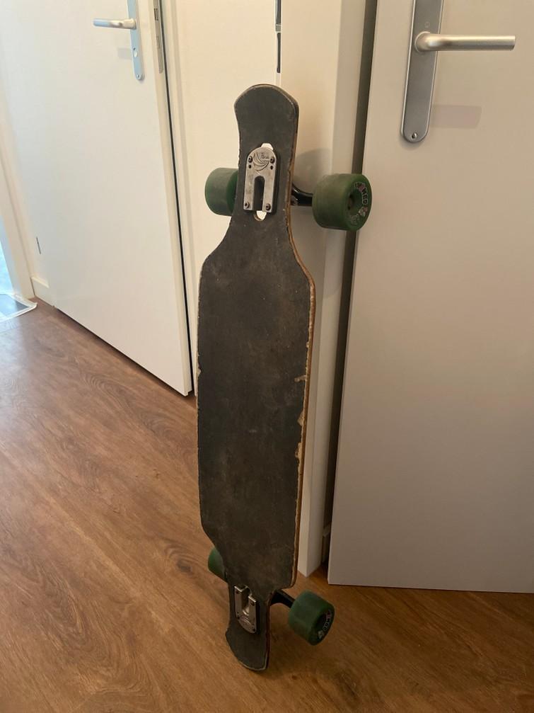Longboard - not for beginners :)