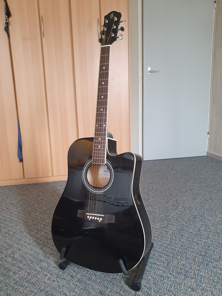 Fazley akoestische western gitaar