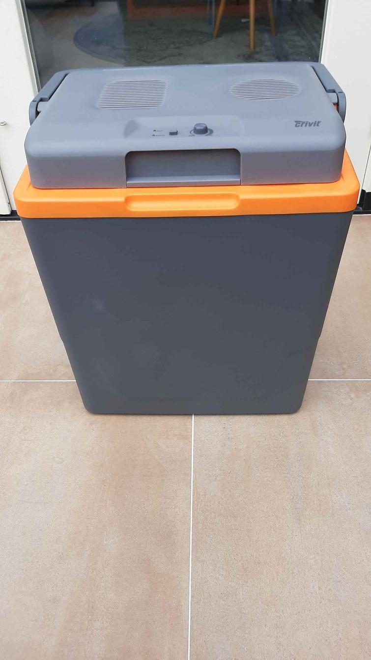 Elektrische koelbox (stekker + auto aansluiting)