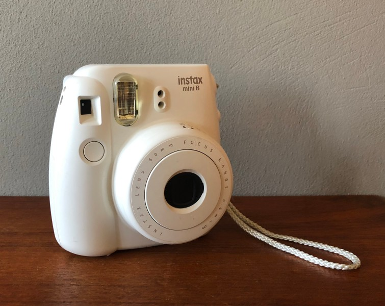 Polaroid Instax Mini 8 camera