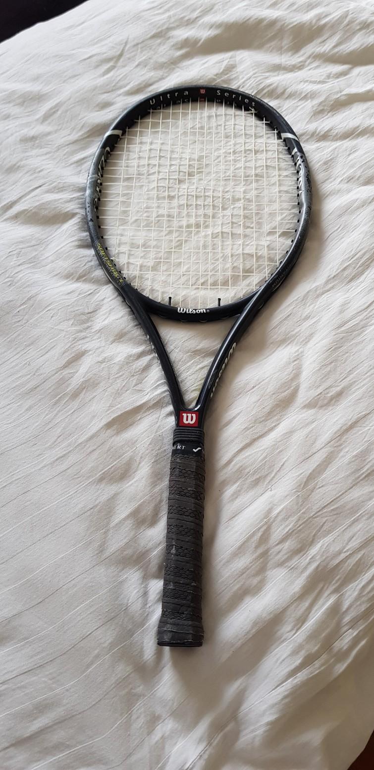 Tennisracket(s)
