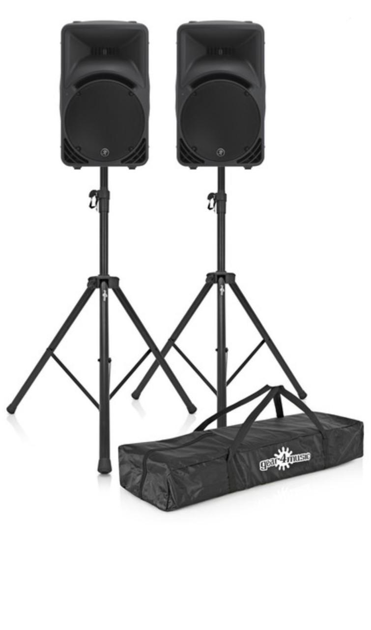Set 2 speakers Mackie SRM450 v3 met staanders.