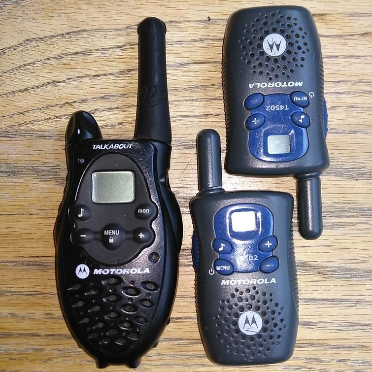 3 Walkie talkies