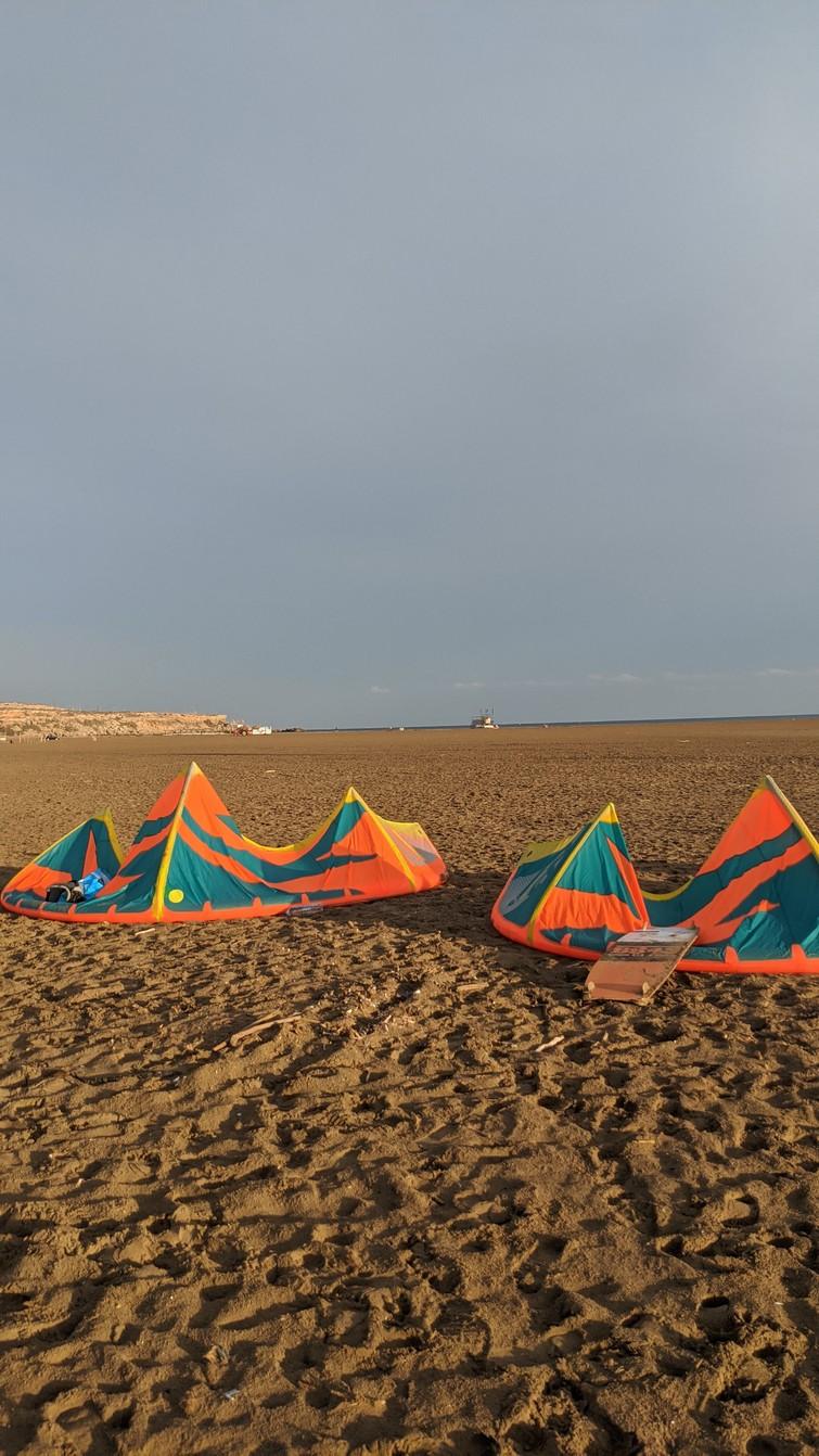 Kitesurfing kite 7/9/11