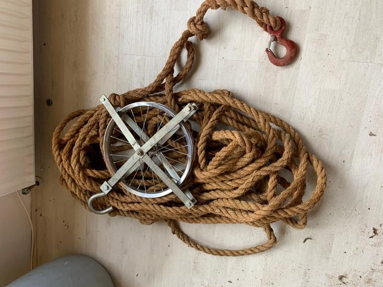 Verhuis touw en blok hijsblok