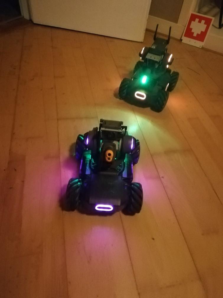 2 DJI Robomaster S1