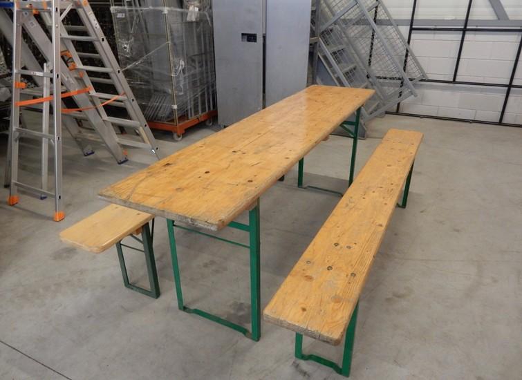 Biertafel sets ( 32 sets beschikbaar )