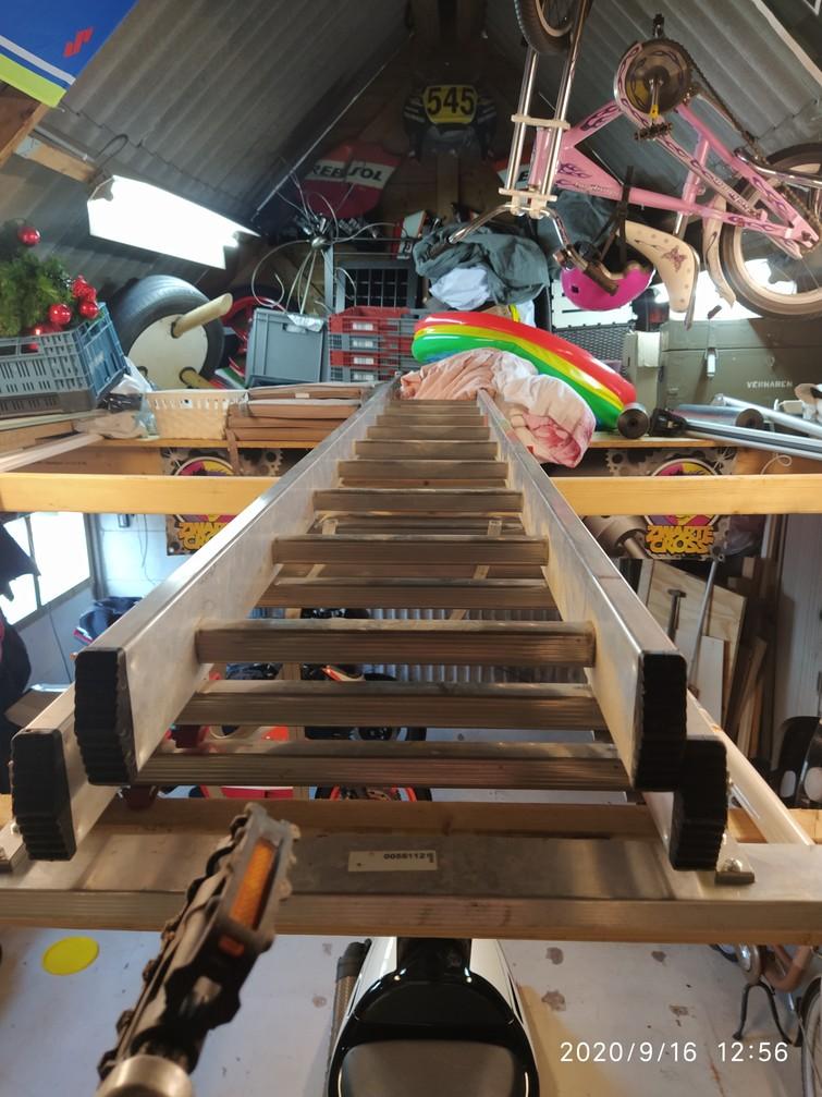 Ladder 3x12 ook als A te gebruiken
