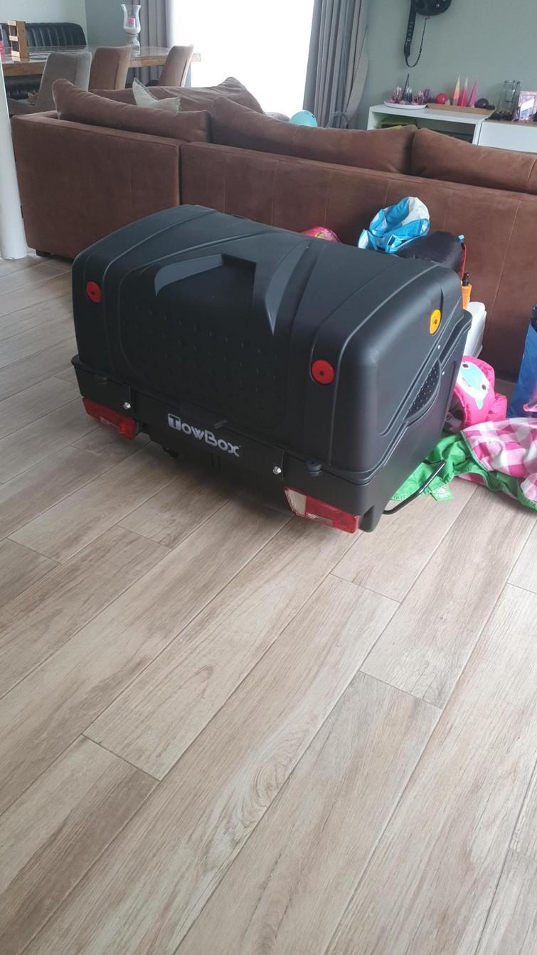 Towbox V1 - trekhaak koffer