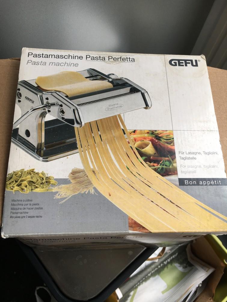 Pastamachine en keukenmachine