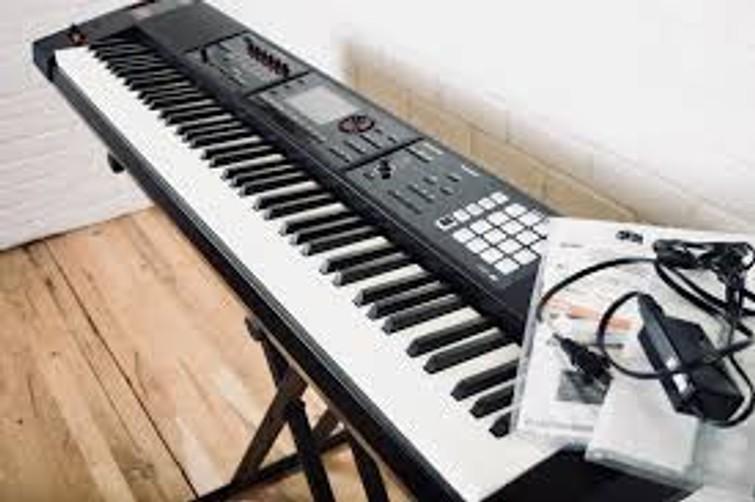 Roland FA-08 Music Workstation Synthesizer