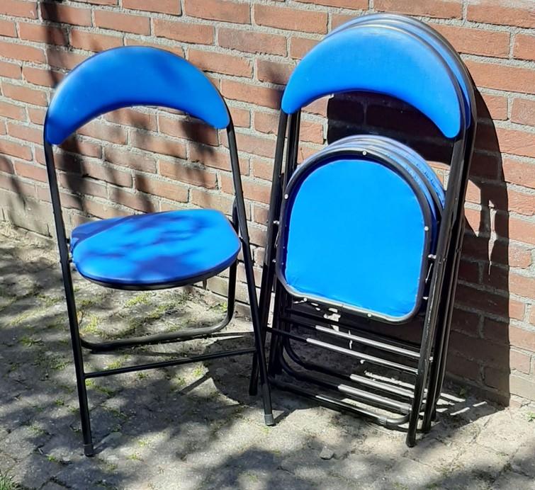 Blauwe klapstoelen, 4 stuks