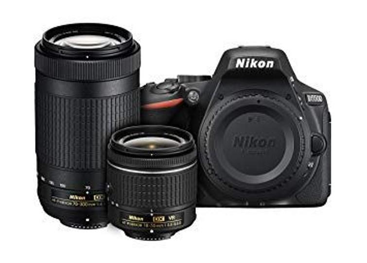 Nikon D5500 + 18-55mm + 70-300mm