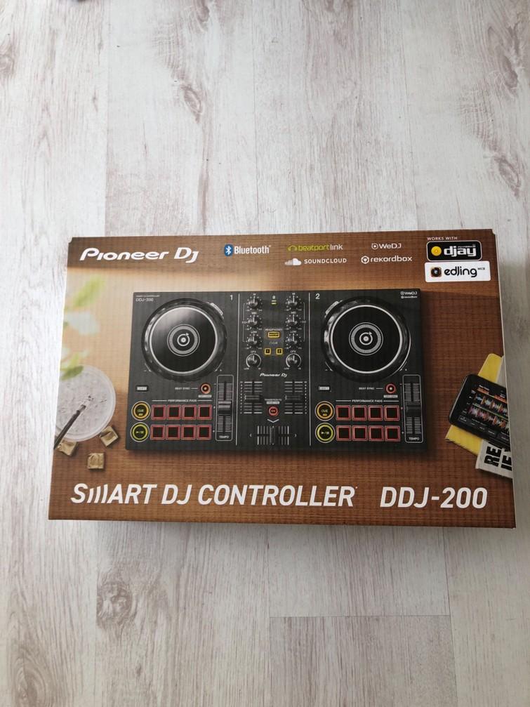 Pioneer ddj 200