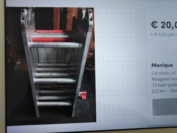 Vouwladder is ook als kamersteiger te gebruiken. 4 meter als trap. Merk Altrex