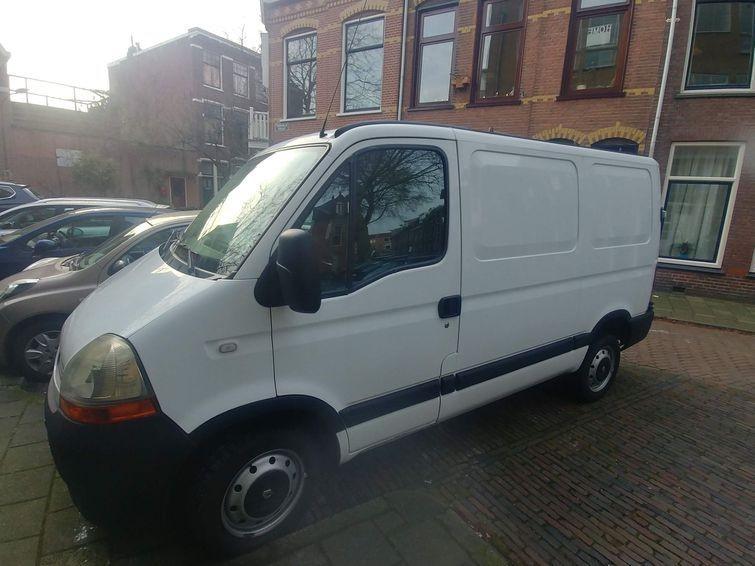 8m2 Renault Master Busje