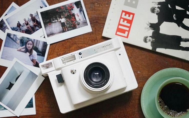 Polaroid/Instax camera