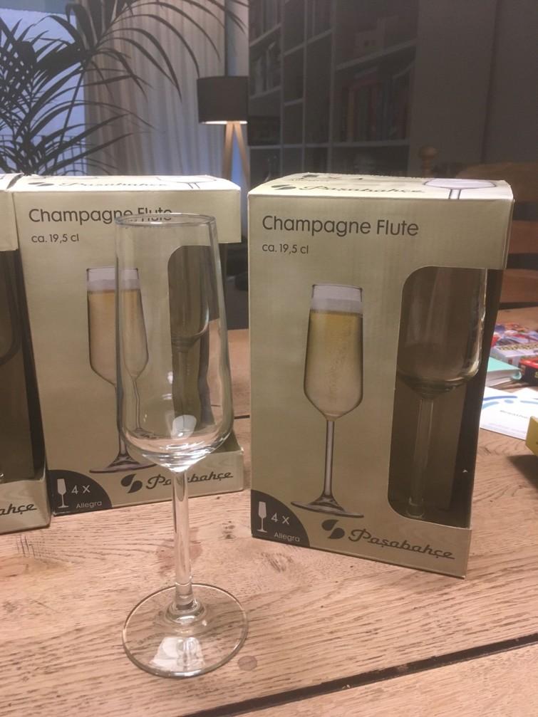 Champagne flutes (ca. 20stuks)