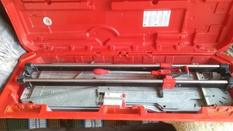 Professionele Tegelsnijder - tot 90cm tegels - Rubi TX-900