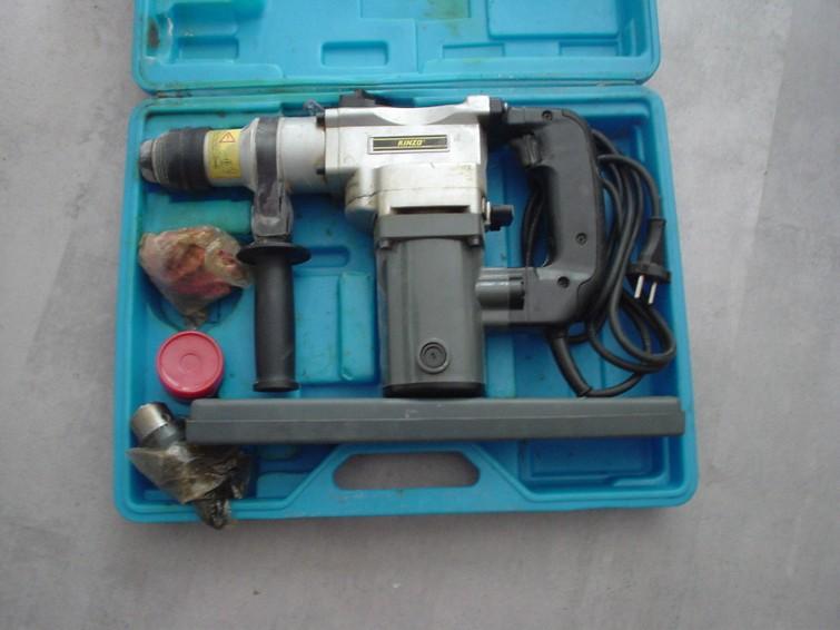 Boorhamer / hamerboormachine voor beton