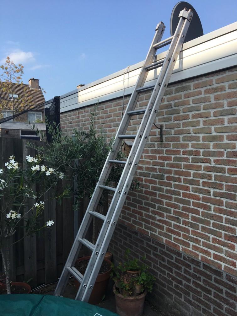 Uitschuifbare Ladder 4,50 m.