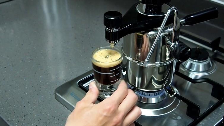 Espressomaker voor gasvuurtje of kookplaat