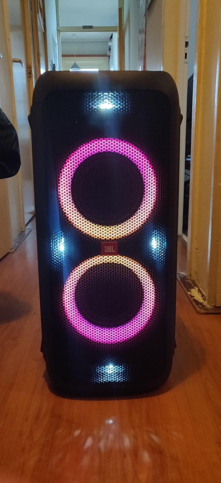 Speaker | JBL Partbox 300 (met lichteffecten)