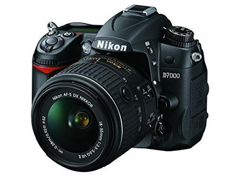Nikon D7000  Spiegelreflex camera met 18-55 lens