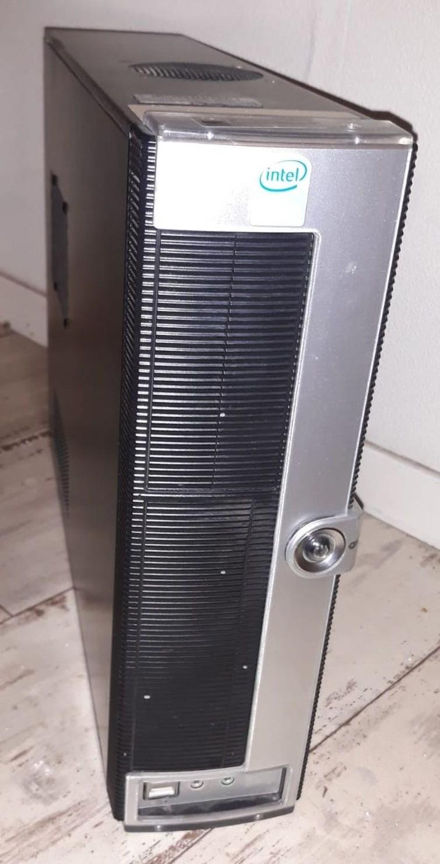 MultiMedia Computer, Celeron. 4GB RAM, Windows 7 Home Basic