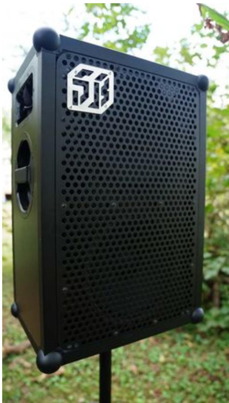 Feestje? Huur de krachtigste portable speaker nu op de markt. SOUNDBOKS 2 huren