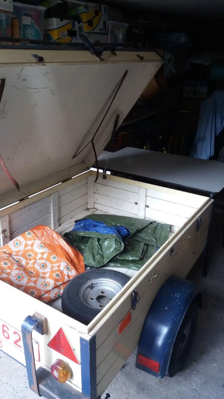 Aanhangwagen - retro vakantiemodel