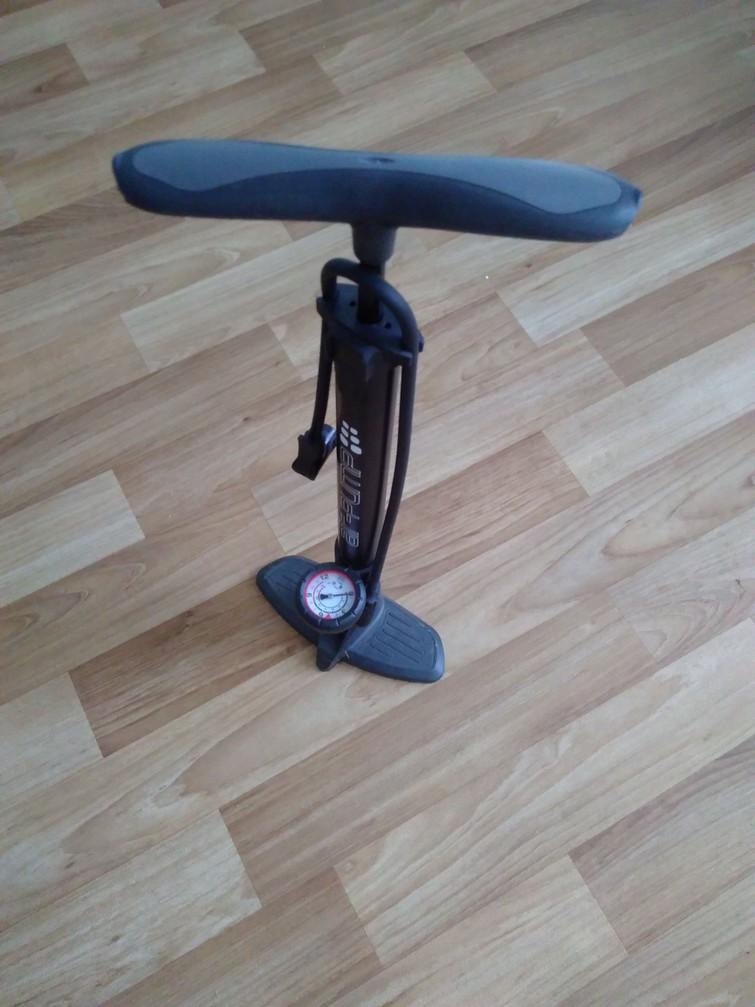 fietspomp met manometer